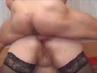 Vet cougar fucks een yougn stallion, gratis porno d5