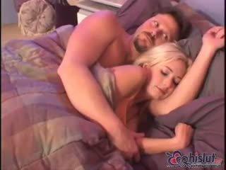 Hillary Scott is having sweet dreams