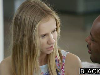 Blacked sīka auguma blondīne pusaudze rachel james pirmais liels melnas dzimumloceklis
