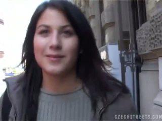Czech Streets Veronika Blows Dick For Cash
