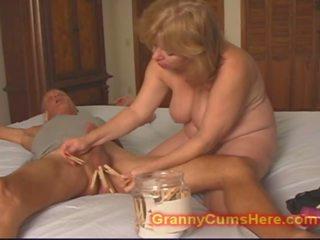 Nozīmēt vecmāmiņa markas viņam kuce, bezmaksas nozīmēt kuce porno video f7