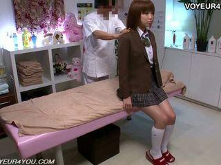 Japońskie nastolatka szkoła dziewczyna ciało masaż