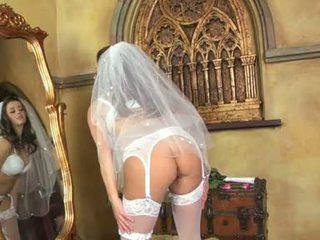 Taylor Vixen Bride In White Nylo.