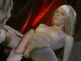 思念 角質: 免費 女同志 & 肛門 色情 視頻 13