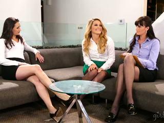 lesbians, babes, threesomes