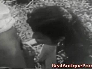 1915 hull antiik õues porno!