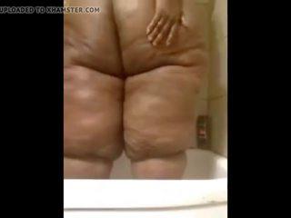 big boobs, big butts, parādot off