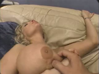 velike joške, dozorevanja, analni