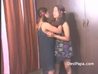 Kavita Indian College Girl Lesbian Sex With Her Friend Ropa