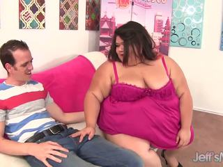 Fat Asian Plumper Sugar gets Her Pussy Reamed: Free Porn 4d