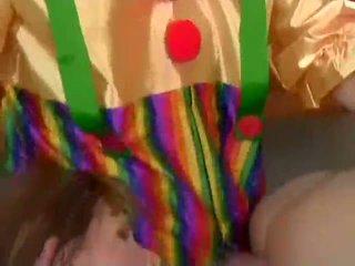 Julia ashton analized s clowns