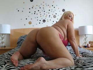 Samantha 38g shakes sie arsch