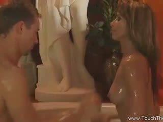 Blonde loves à faire massage