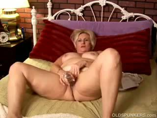 Mature Amateur With Great Big Tits