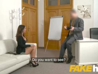 Fake agent spunk loving tattooed spagnolo pupa claudia bavel in sesso provino