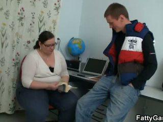 Мастен игра: студент fucks негов дебели учител