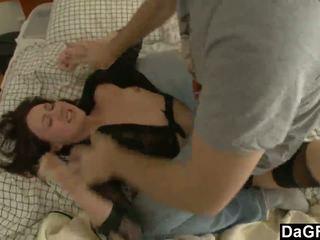 Destroying viņai pakaļa pēc ripping viņai clothes