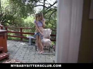 Mybabysittersclub - kecil molek bayi sitter menangkap melancap