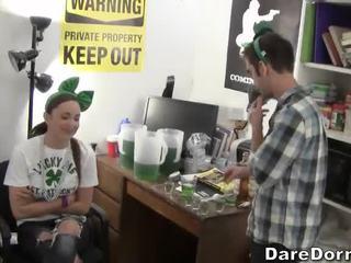college, partij, hardcore home party