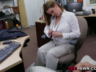 Booby 業務 女士 banged 由 pawn dude