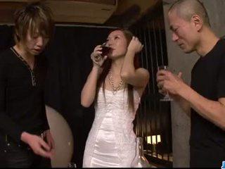 Kazumi nanase feels számos men baszás neki cherry