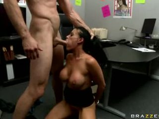 Seksual doxy vanilla deville is getting fucked real good just tthat guy way she likes it