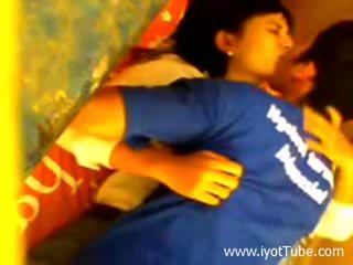 Индонезийски студент обща спалня scandal