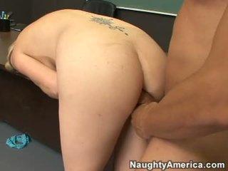 Porn Milf Camryn Cross Acquires Her Fa...