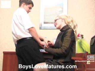 vecs jaunietis, sex, mature porn, young girl in action