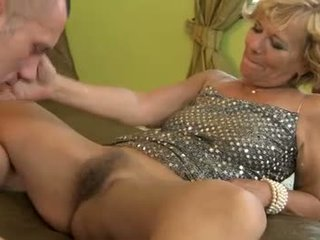 Matainas vecs gilf gets pussyfucked deeply
