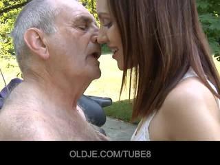 dedek, muca-lizanje, oldman