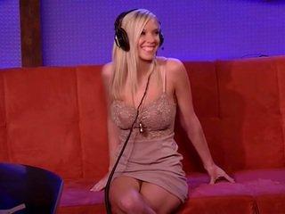 Seksuālā karstās pornozvaigzne bibi jones intervija