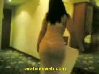 μελαχροινή, στριπτίζ, αραβικός