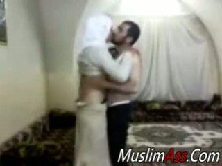 Hijab virgin kön klotter