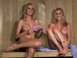Sexy sauna interviu cu ainsley addison