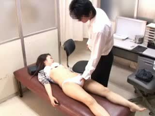 Perverzné doktor paralyses patients 1