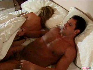 Romantic toiminta sisään sänky
