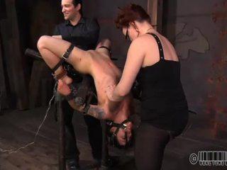 Mieze ist suffering schmerz pleasures