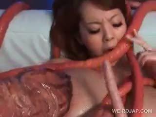 Ázijské sex otrok wrapped hore v ozruta tentacles