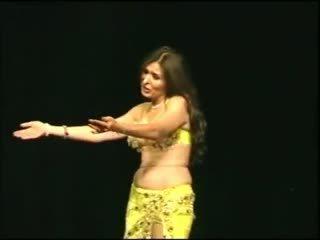 velká prsa, arabský, tanec
