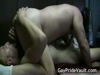 Hard homo beer neuken en engulfing
