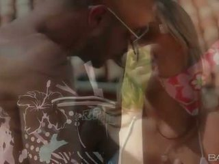 Sexy naivka alanna anderson von sex