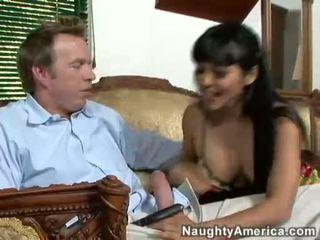 เอเชีย ผู้หญิงสวย mika tan takes a ยาก jock บน นี้ guyr ปาก