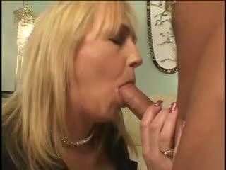 Mẹ và con trai