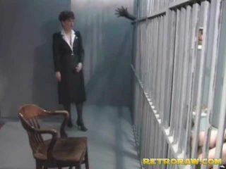 Một sừng prisoner