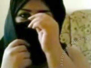 Big Boobed Arab Slut-asw1046