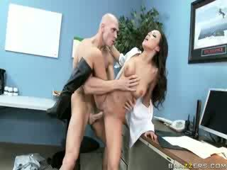 Female sicherheit guard having sex