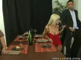 Hot Couple Exchange!