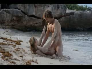 Estremo arte sesso di arrapato coppia su spiaggia