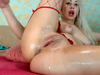Blonde Girl Fist her Ass on Cam